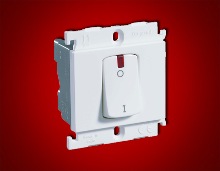 Mylinc 32 A one- way douple pole switch with indicator